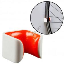 Кріплення на стіну для шосейного велосипеда, тримач до стіни за колесо